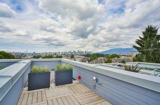 patio views over east vancouver from grandview cascades