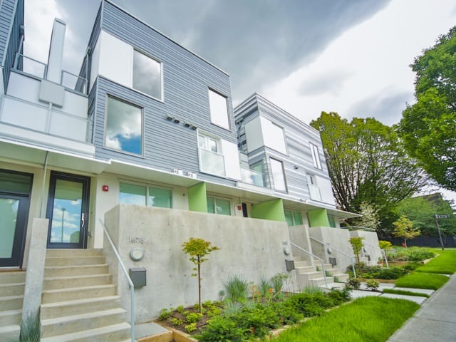 modern grandview cascades town house vancouver